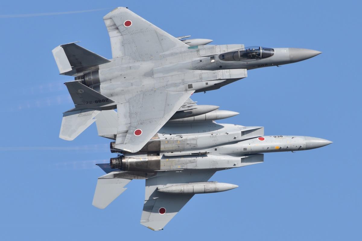 ニュース画像 1枚目:スクランブル発進で全国の基地から毎日、任務のため飛行するF-15 (るかぬすさん撮影)