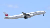 JAL、初の777-300受領から23年 国内線の主役はA350への画像