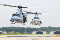 ニュース画像:第1海兵航空団で史上最長の自己展開飛行、HMLA-169のUH-1Yヴェノム