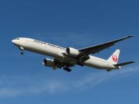JAL国際線、10月まで運航率25%前後で推移 ホノルル線増便への画像