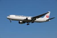 JAL、8月の34路線517便を追加減便 運航率71%の画像