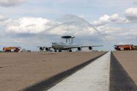 ニュース画像:イギリス空軍E-3Dセントリー、最後の作戦任務から帰還 退役へ