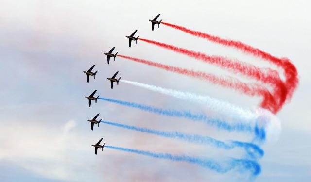 ニュース画像 1枚目:パトルイユ・ド・フランスの展示飛行 イメージ