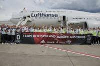 ニュース画像:オリンピック終了でアスリートたち帰国、ルフトハンザも747で輸送