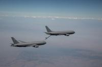 ニュース画像:空自向けKC-46A空中給油機、空中給油・受け取りとも成功