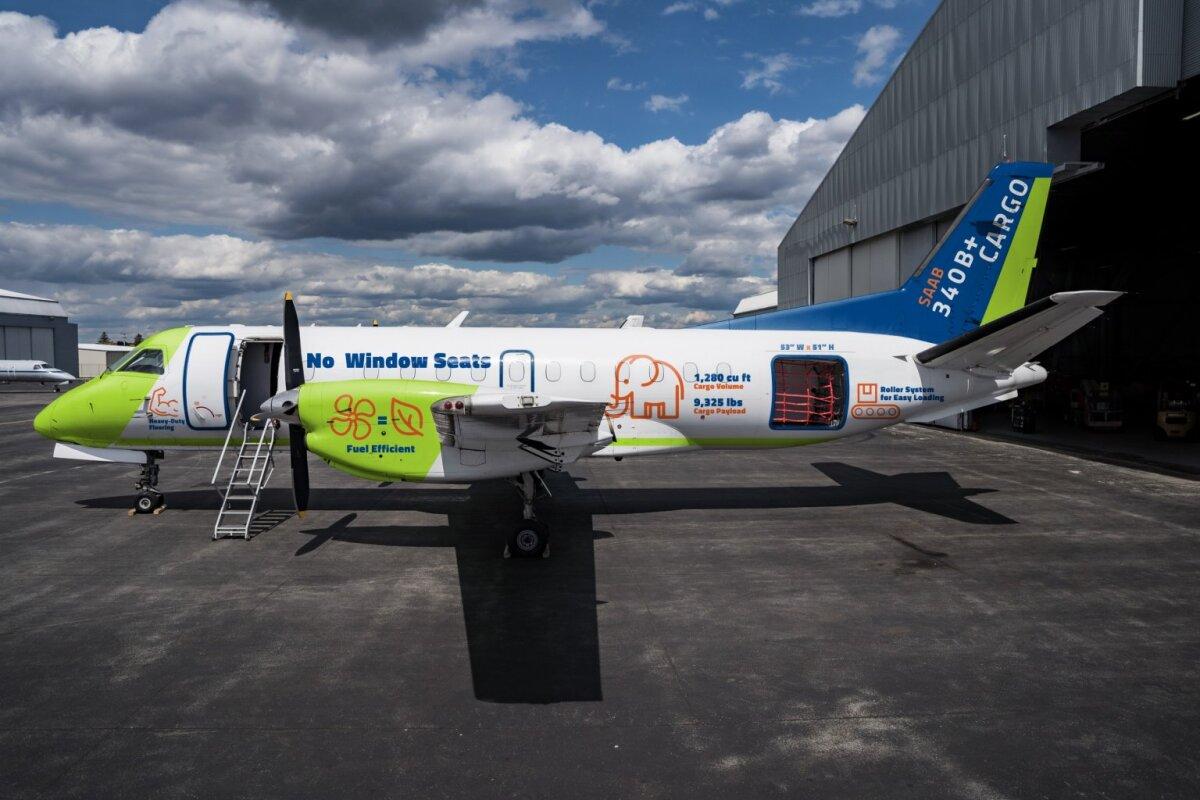 ニュース画像 1枚目:貨物機への改修が終了した元日本エアコミューター(JAC)の「JA001C」