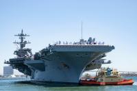 ニュース画像:空母カール・ヴィンソン、横須賀入港へ 甲板にF-35C係留か注目!!