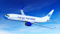 ニュース画像:元JTA 737-400 マスク姿で活躍中、新天地はマレーシアの貨物航空会社