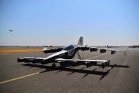 ニュース画像 2枚目:Mk-5の胴体横には「EXPERIMENTAL」と記され、研究開発⽤の航空機と分かる