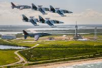 クルードラゴン初の高度500km超、クルーの1人は超有名実業家・パイロット?!の画像