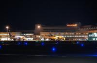 ニュース画像:オープントップバスで福岡空港を満喫!日中・夕方・夜の時間帯で