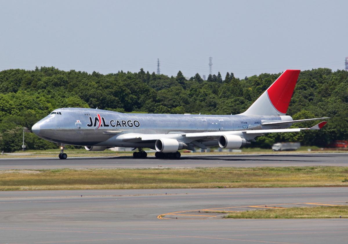 ニュース画像 1枚目:JAL、初のボーイング747-400型貨物機「JA401J」 (PGM200さん 2010年6月撮影)