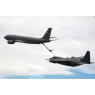 ニュース画像 3枚目:投下訓練前に空中給油を受けるHC-130H