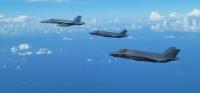 ニュース画像:英空母搭載F-35B、フィリピン海でスーパーホーネットから初の空中給油
