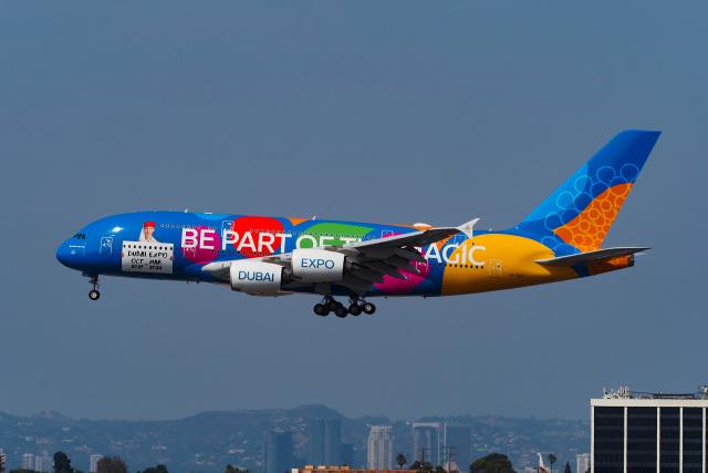 ニュース画像 1枚目:ロサンゼルスに飛来した際の「A6-EEU」 (LAX Spotterさん 2021年9月撮影)