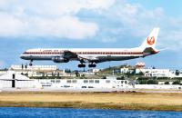 ニュース画像:JAL、70年の歴史を機体塗装のデザインで振り返る