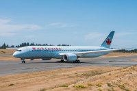 ニュース画像:エア・カナダ、トロント/ドバイ線の運航を開始 787で週3便
