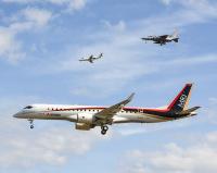 ニュース画像:MRJの初飛行、飛ぶ姿を見て参画者が増え夢を実現できたら「うれしい」