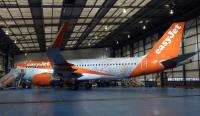ニュース画像:イージージェット、就航20周年を記念した特別塗装機で運航
