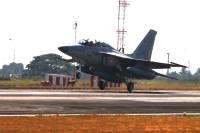 ニュース画像:フィリピン空軍、10年ぶりの超音速戦闘機 KAI FA-50PHクラークに到着