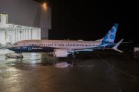 ニュース画像:ボーイング、737 MAX 8初号機「Spirit of Renton」 ロールアウト