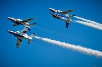 ニュース画像:土佐清水分屯基地開庁20周年、ブルーインパルスの展示飛行は正午から