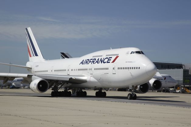 エールフランス、747-400退役前...