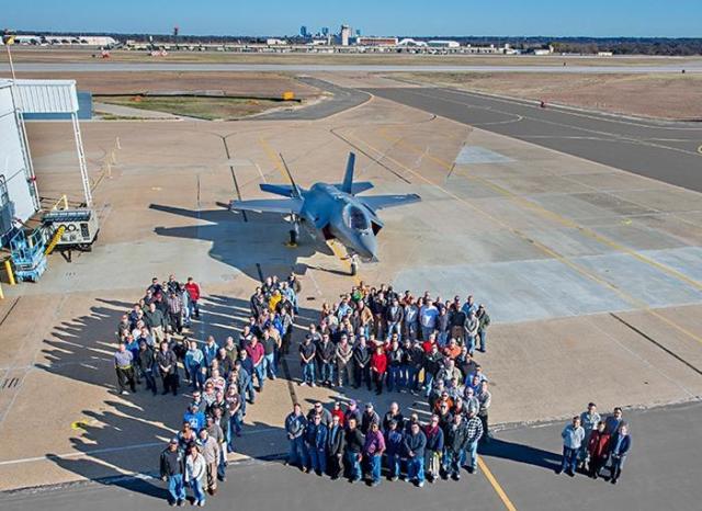 ニュース画像 1枚目:2015年45機目のF-35