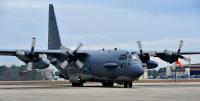 ニュース画像:歴戦のガンシップ、AC-130H「ウィックド・ワンダ」最後の飛行【動画】