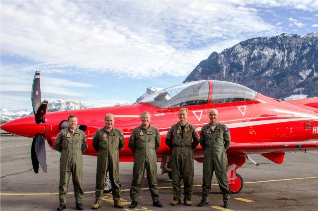 ニュース画像 1枚目:スイスに到着したRAAFのパイロット達