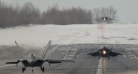 ニュース画像 1枚目:雪と氷に覆われるJBエルメンドルフ・リチャードソン