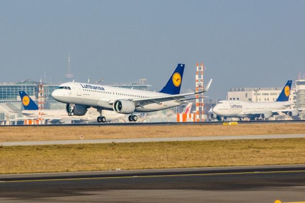 ニュース画像 1枚目:フランクフルトに到着したA320neo