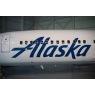 ニュース画像 3枚目:シンプルに「Alaska」と記されている