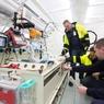 ニュース画像 2枚目:集中治療を行う貯めの医療機器を搭載