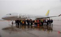 ニュース画像:フジドリームエアラインズ、シルバーの10号機が到着 3月11日に路線投入