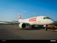 ニュース画像:ボンバルディア、SWISS向けCシリーズ営業初号機をロールアウト