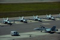 ニュース画像:VMFA-314とVMFA(AW)-242、アラスカで空自、米空軍などと演習
