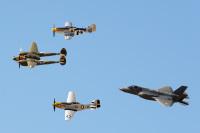 ニュース画像:イギリスにF-35が到着、RIATやファンボロー・エアショーで展示