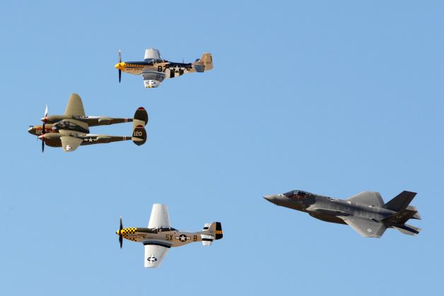 ニュース画像 1枚目: F-35ヘリテージ・フライトチーム