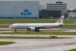 jombohさんが、アムステルダム・スキポール国際空港で撮影したロイヤル・エア・モロッコ A321-211の航空フォト(飛行機 写真・画像)