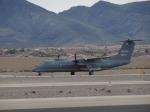 ゴンタさんが、ヘンダーソン・エクゼクティブ空港で撮影したダイナミック・エーヴィーリース DHC-8-315 Dash 8の航空フォト(写真)