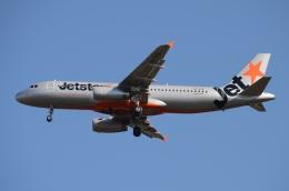 木人さんが、成田国際空港で撮影したジェットスター A320-232の航空フォト(飛行機 写真・画像)