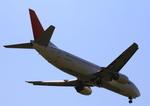 ふじいあきらさんが、福岡空港で撮影したJALエクスプレス 737-446の航空フォト(飛行機 写真・画像)