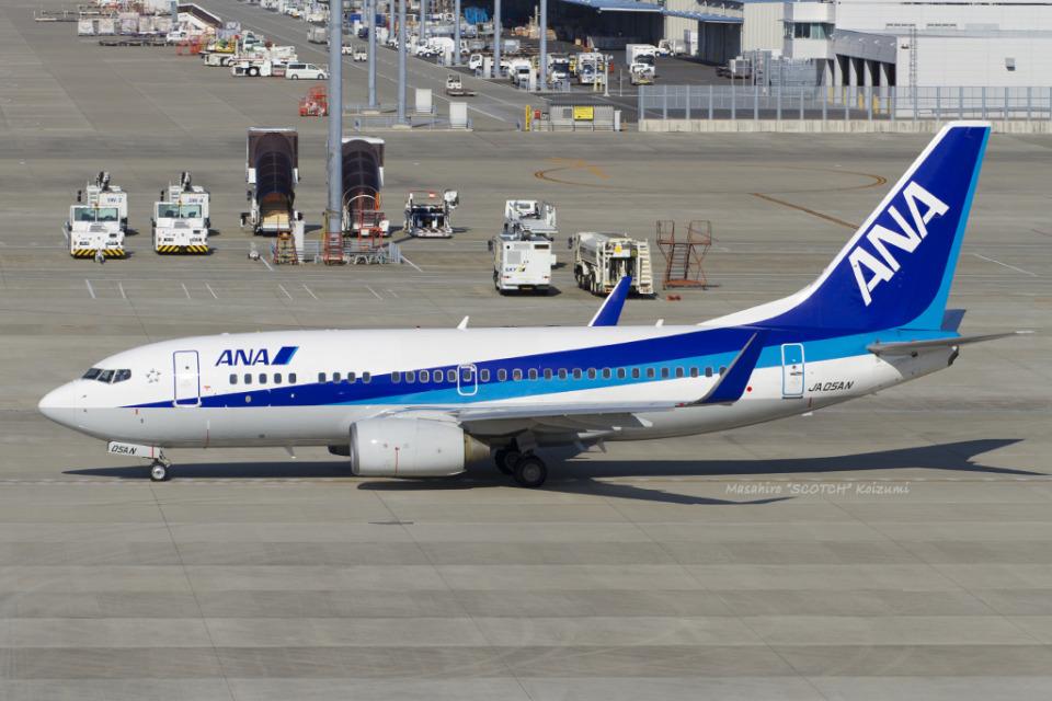 Scotchさんの全日空 Boeing 737-700 (JA05AN) 航空フォト
