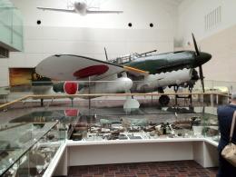 神宮寺 彩さんが、靖国神社遊就館で撮影した日本海軍 D4Y2 Suisei Model 12の航空フォト(飛行機 写真・画像)