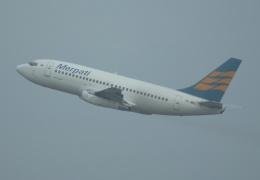 やまっちさんが、スカルノハッタ国際空港で撮影したメルパチ・ヌサンタラ航空 737-2U4/Advの航空フォト(飛行機 写真・画像)