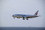 shimayanJPさんが、那覇空港で撮影した日本航空 777-246の航空フォト(写真)