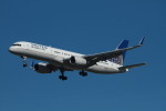 matsuさんが、ロサンゼルス国際空港で撮影したユナイテッド航空 757-224の航空フォト(写真)