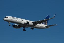 matsuさんが、ロサンゼルス国際空港で撮影したユナイテッド航空 757-224の航空フォト(飛行機 写真・画像)