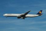 matsuさんが、ロサンゼルス国際空港で撮影したルフトハンザドイツ航空 A340-642の航空フォト(写真)